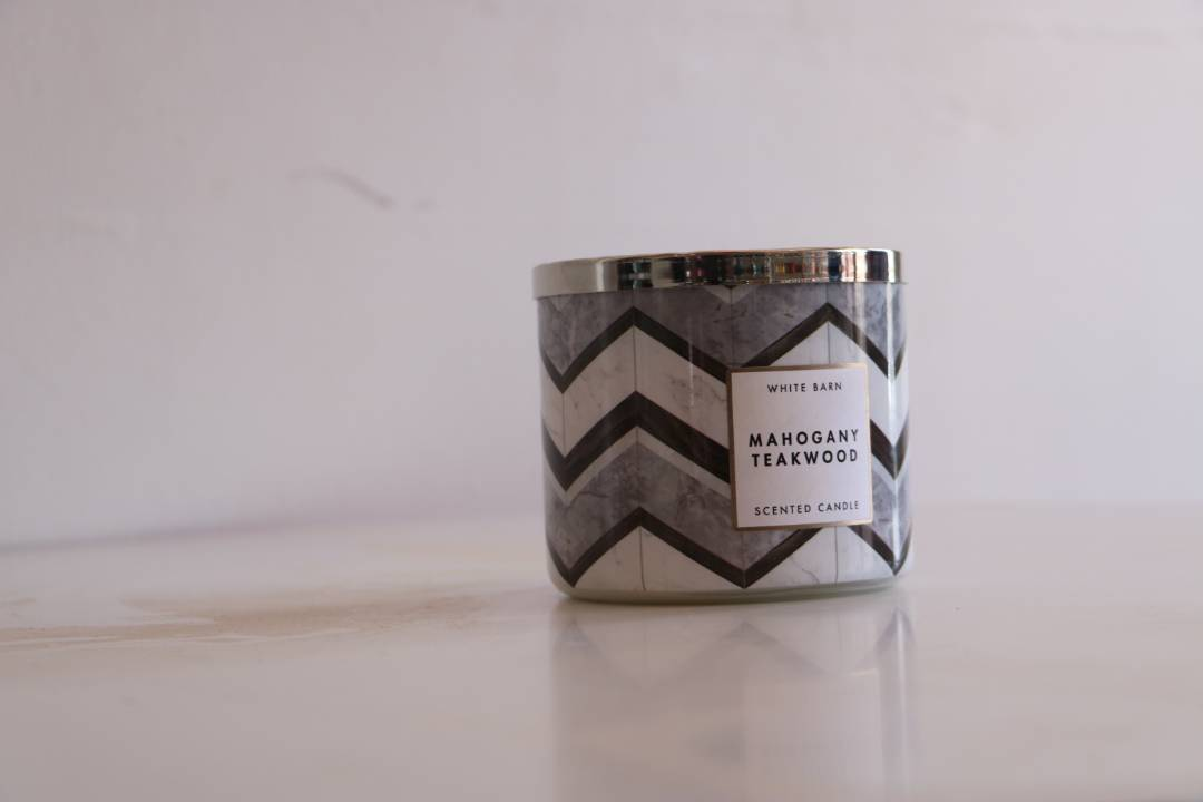 Scented Candles Online White Barn Mahogany Teakwood