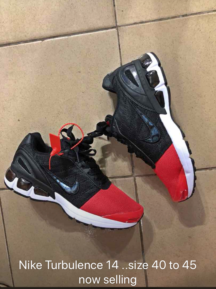 dfe982639a9c amazon nike air max turbulence mens running shoes athletic  nike turbulence  fashion for men