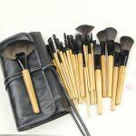 Bobby Brown 24 Pieces Brush Set