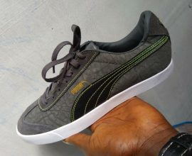 flat puma sneakers
