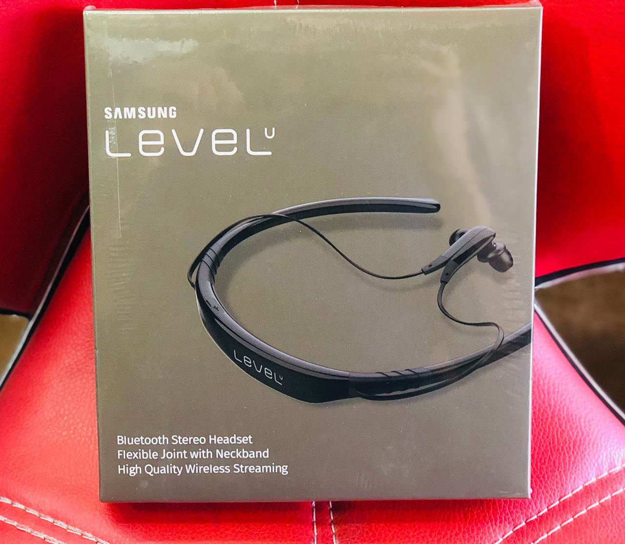 Samsung Level U Bluetooth Wireless In Ear Headphones With Microphone