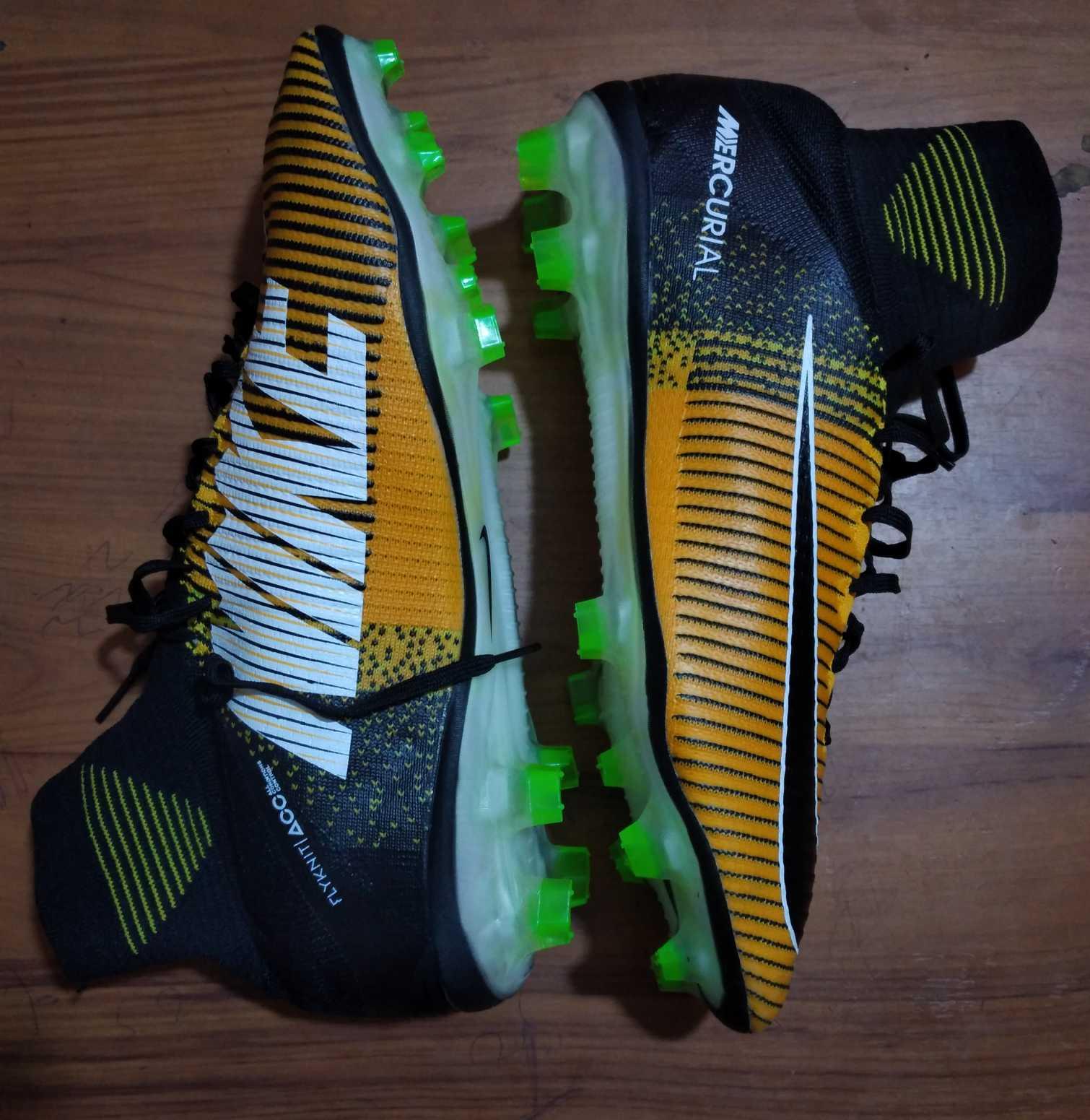 Nike mercurial boot
