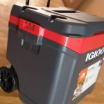 Igloo Cooler With Wheels 58 Liters/62 quarts