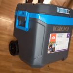 Igloo Ice Chest With Wheels 54L/62 Quarts