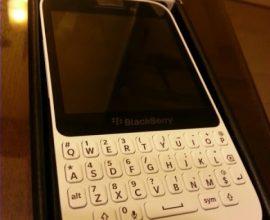 blackberry q5 price in Ghana