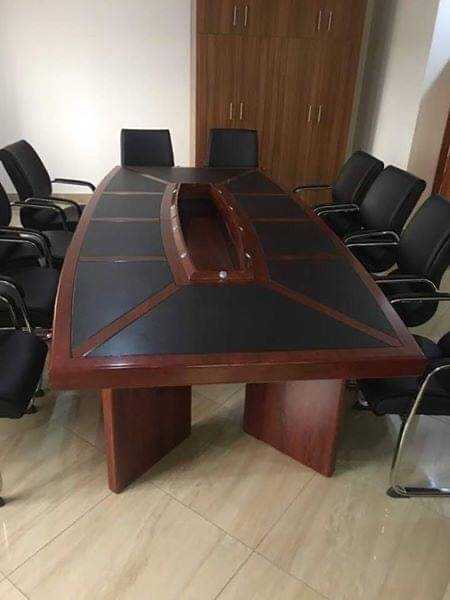 14 seater conference table